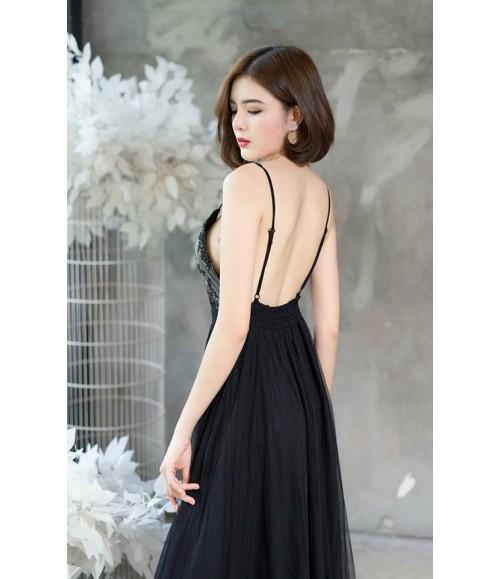 Đầm dạ hội hai dây lưng trần