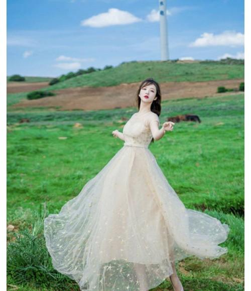 Đầm dạ hội lưới thêu sao